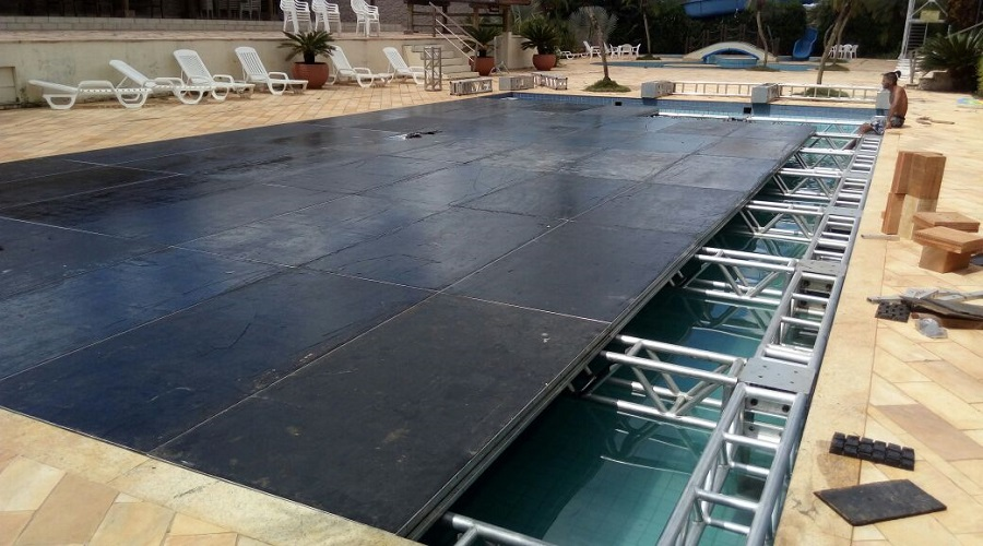 piso-piscina-box-truss_03-900x500
